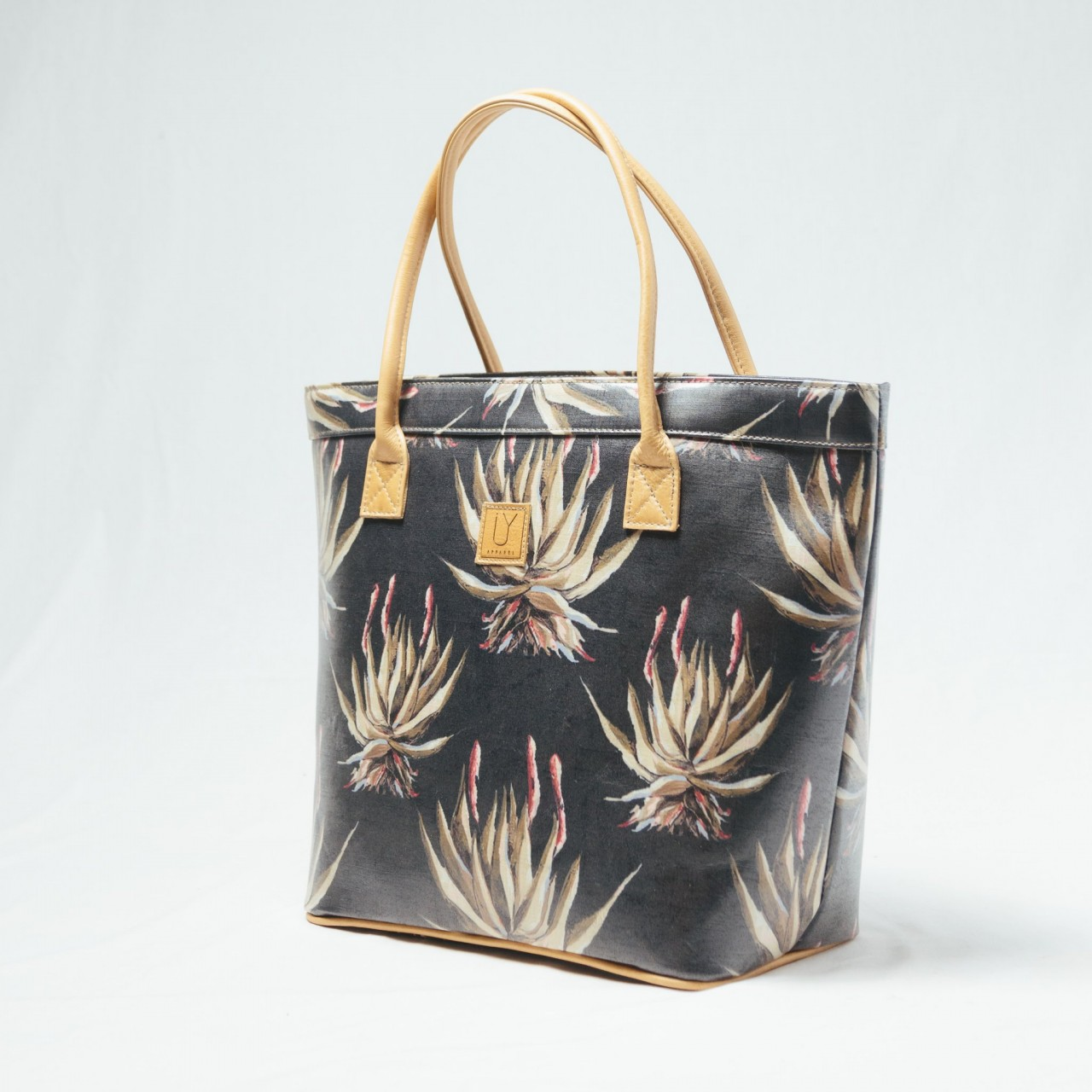 IY Apparel Classic Tote Navy Aloe